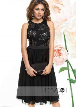 Коктейльное платье с пайетками