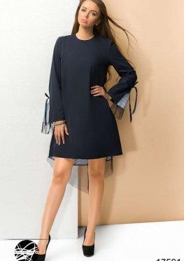 Асимметричное платье с сеткой