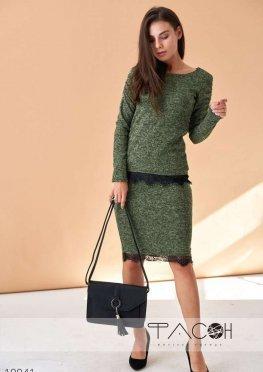 Костюм джемпер и юбка с гипюром