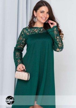Ассиметричное платье-разлетайка с гипюром