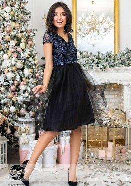 Платье с кружевом и фатиновой юбкой