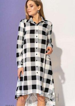 Асимметричное платье-рубашка с принтом в клетку