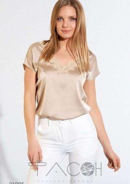 Шелковая блуза с кружевной отделкой