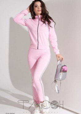 Спортивный костюм с отделкой люрексовой нитью