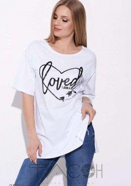 Удлинённая футболка с боковыми разрезами