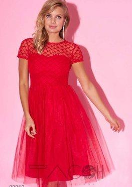 Платье из фатина с фактурной отделкой
