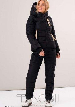 Дутый костюм из куртки с капюшоном и брюк