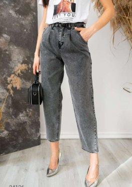 Свободные джинсы в винтажном стиле
