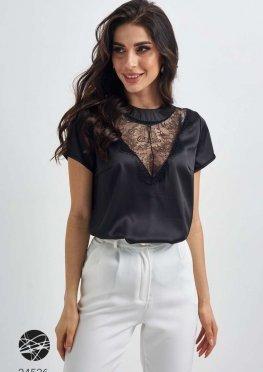 Шелковая блуза с вырезом-капелькой