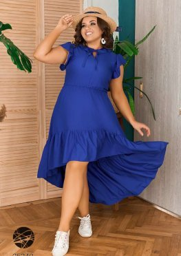 Платье с асимметричным нижним краем
