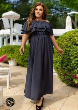 Шелковое платье макси с открытыми плечами