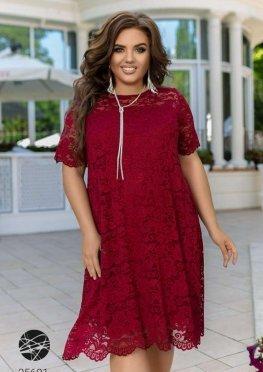 Платье А-силуэта из гипюра
