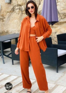 Льняной комплект из брюк, кроп-топа и рубашки