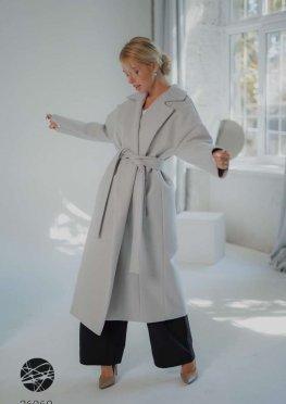 Кашемировое пальто с запахом