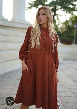 Вельветовое платье миди