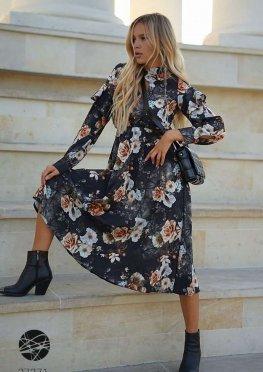 Платье миди с вырезом-капелькой