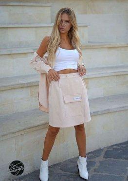 Вельветовый костюм из рубашки и юбки с запахом