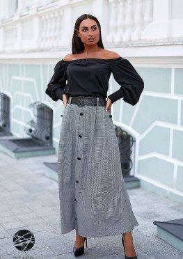 Комплект из блузы с открытыми плечами и юбки макси