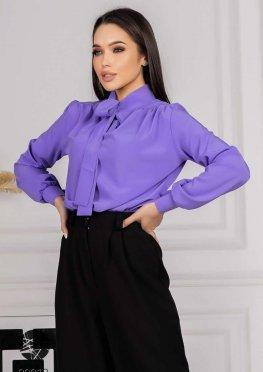 Блуза с воротом на завязках