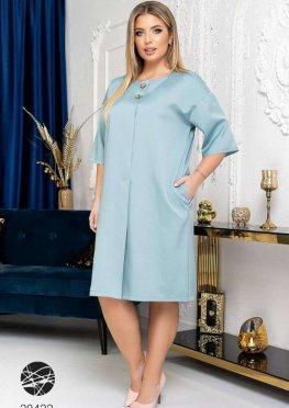 Платье с декоративной планкой