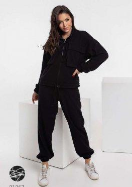 Ангоровый костюм из олимпийки с накладными карманами и джоггеров