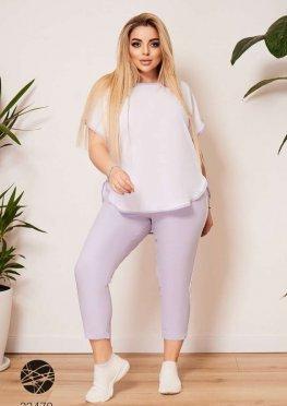 Костюм из блузы и брюк