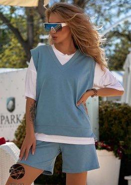 Комплект-тройка из футболки, жилета и шорт