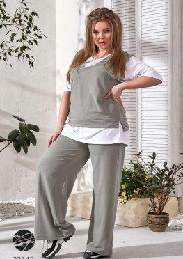 Комплект из футболки, жилета и брюк-палаццо