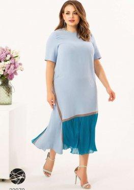 Платье миди с плиссированной вставкой