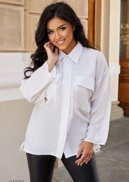 Льняная рубашка с накладными карманами
