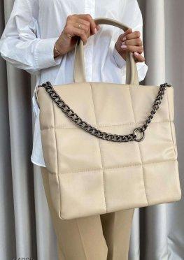 Объёмная стеганная сумка-тоут с короткими ручками