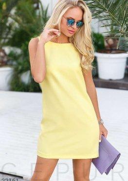 Лаконичное платье трапеция