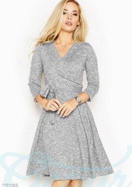 Теплое пышное платье