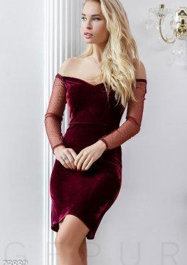 Открытое бархатное платье