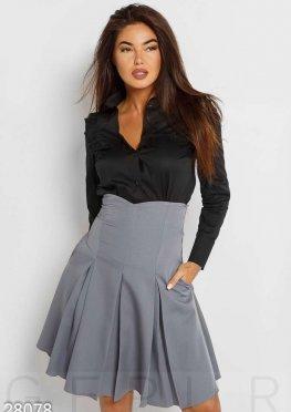 Силуэтная женская юбка