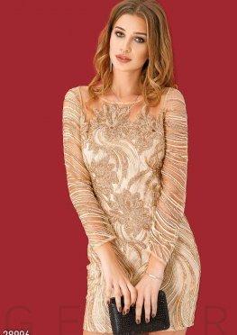 Коктейльное платье с декором