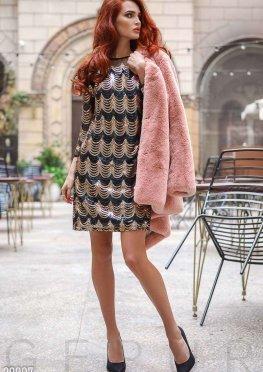 Короткое платье с пайетками