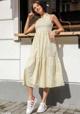Длинное многоярусное платье