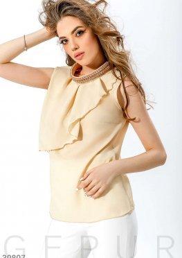 Шифоновая блуза с воланом