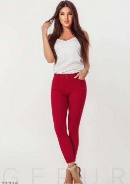 Стильные облегающие джинсы