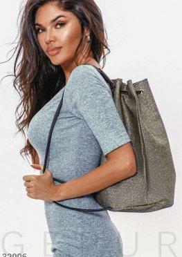 Вместительный серебристый рюкзак