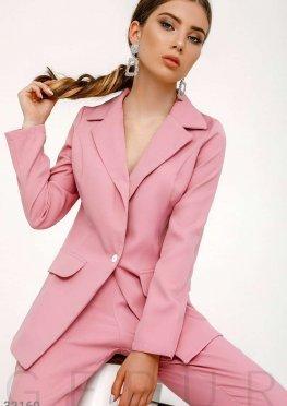 Костюм нежного розового цвета