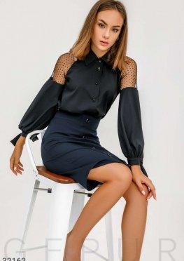 Блуза с прозрачными вставками