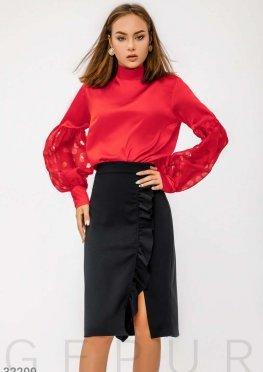 Яркая деловая блуза