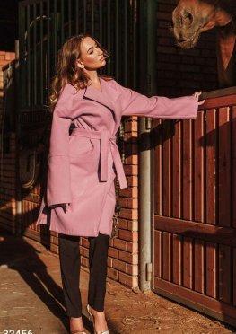 Пальто нежно-розового цвета