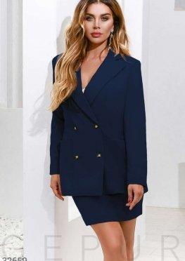 Двубортный пиджак синего цвета
