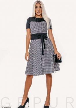 Трикотажное классическое платье