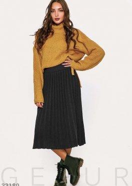 Лаконичная вязаная юбка