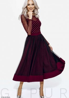 Платье оттенка марсала