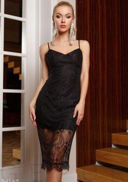 Утонченное кружевное платье